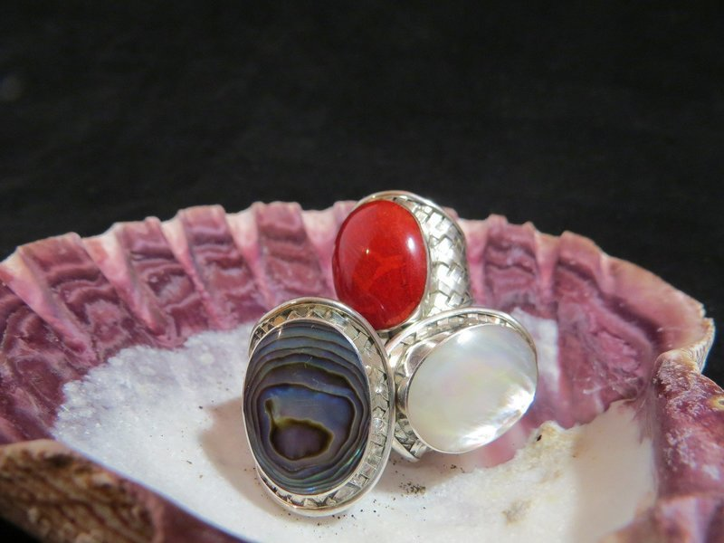 Sterling Silver Abalone Cross-Hatched Ring