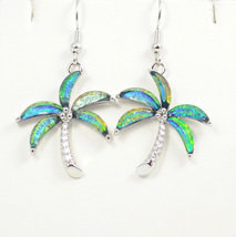 Palm Tree Green Earrings