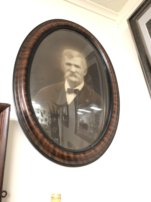 Oval Man Photo