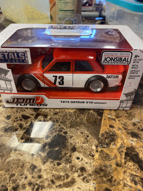 Jada-JDM Tuners 1/32 Scale 1973 Datsun 510 Red