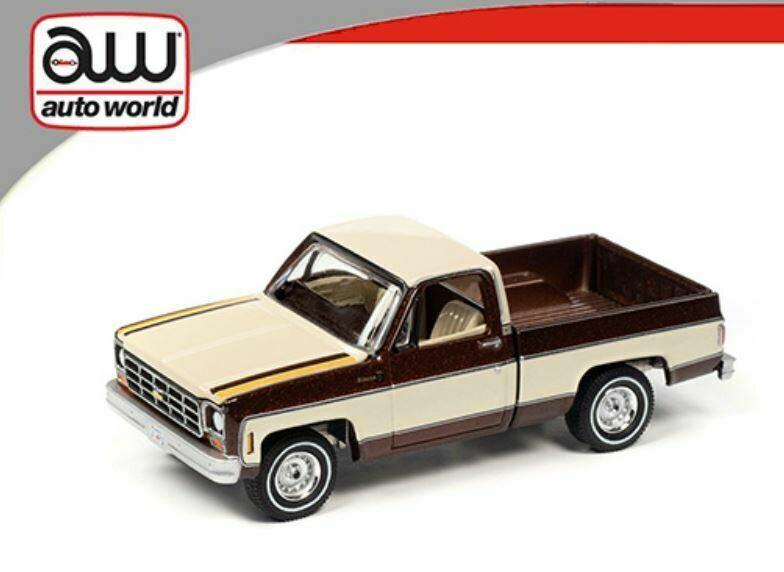 Auto World 1:64 Chevy Pickup Fleetside 1977 Cream