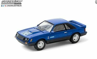 Greenlight Hobby Exclusive - 1:64 1979 Ford Cobra T5 - Blue Glow