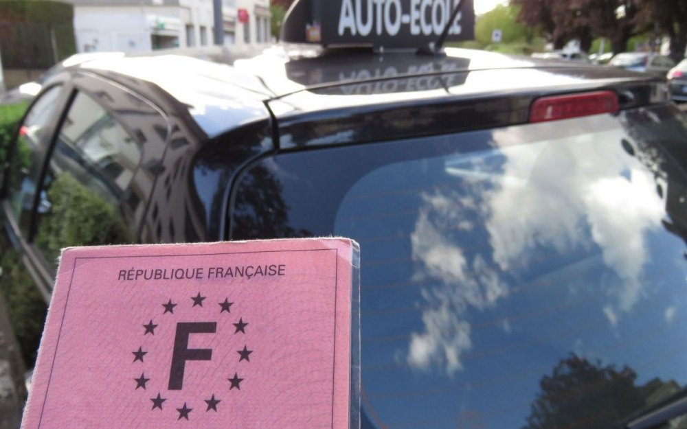 1 leçon+ accompagnement examen pratique Nevers, Corbigny, la Guerche sur l'Aubois Demande en candidat libre...
