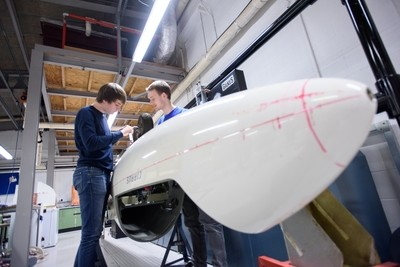 Aerospace Engineering with Pilot Studies (UWE Bristol - Lisans + Yüksek Lisans)