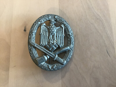 Nazi German General Assault Military Cap Badge