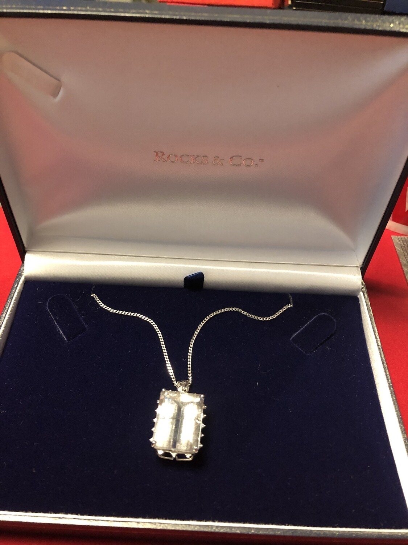 9k White Gold & Diamond Necklace with huge Graffiti Quartz stone, set with small diamonds around the mount