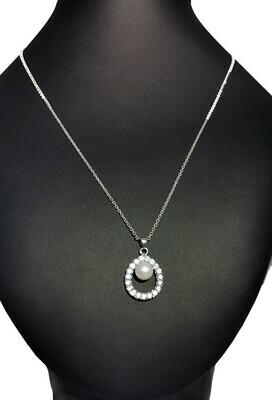 Ovális alakú ezüst medál - édesvízi igazgyöngy