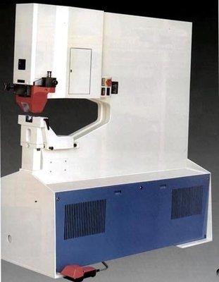 HP1000