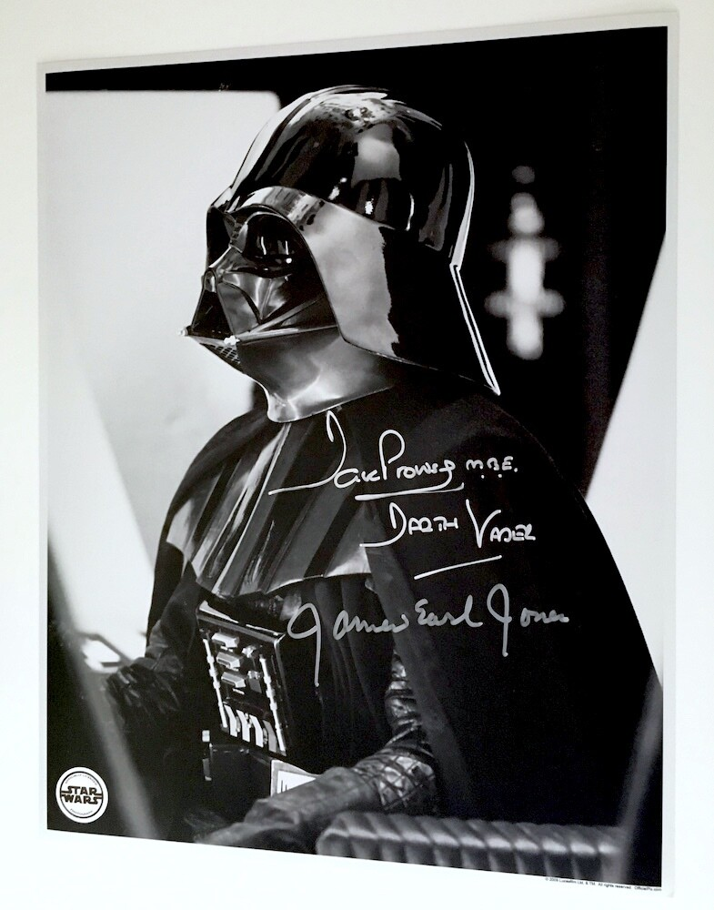 11X14 DARTH VADER PHOTO SIGNED BY DAVE PROWSE AND JAMES EARL JONES