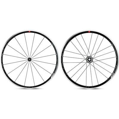 clincher Fulcrum Racing 3 rim brakes