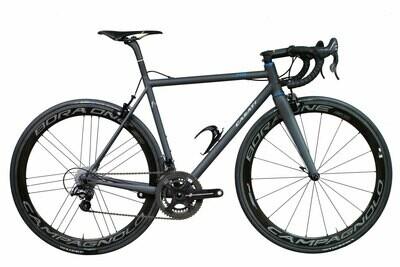 new frame for rim brakes, groupset from Casati test bike service