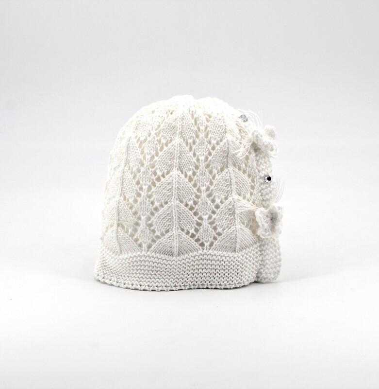 Cappellino in cotone artigianale bianco con farfalline Pz. 1