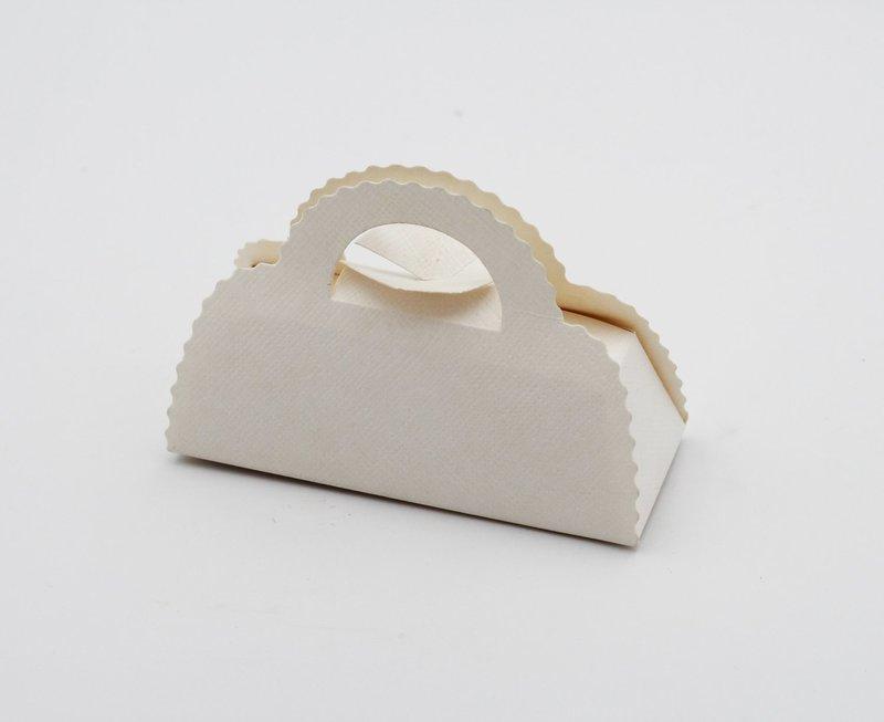 Scatolo borsa seta bianco confezioni da pz. 10