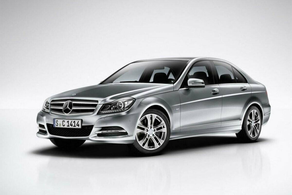 Mercedes W204 C180CGI SIM271DE M700004000000 74473540