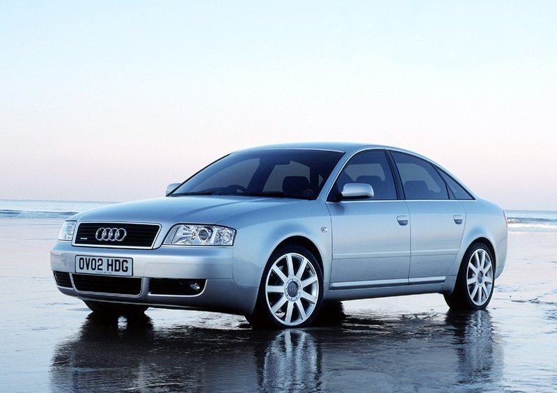 Audi A6 C5 2.4i ME7.1 0261207500 1037362353