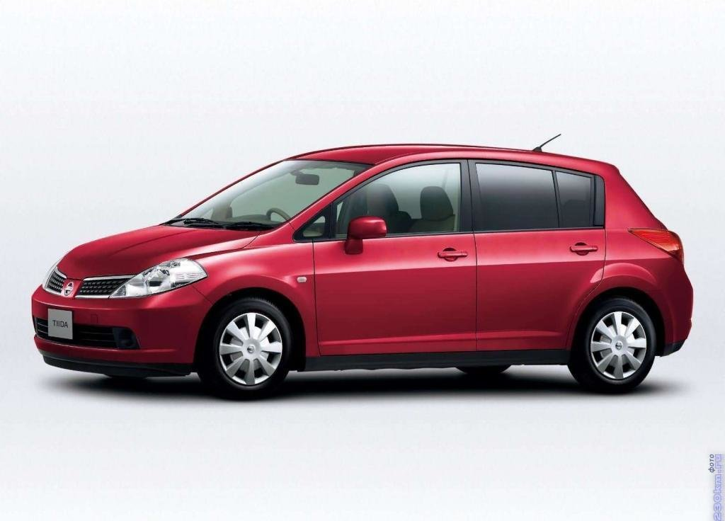 Nissan Tiida 1.5i Hitachi 9CMCS5E0 1EM62A