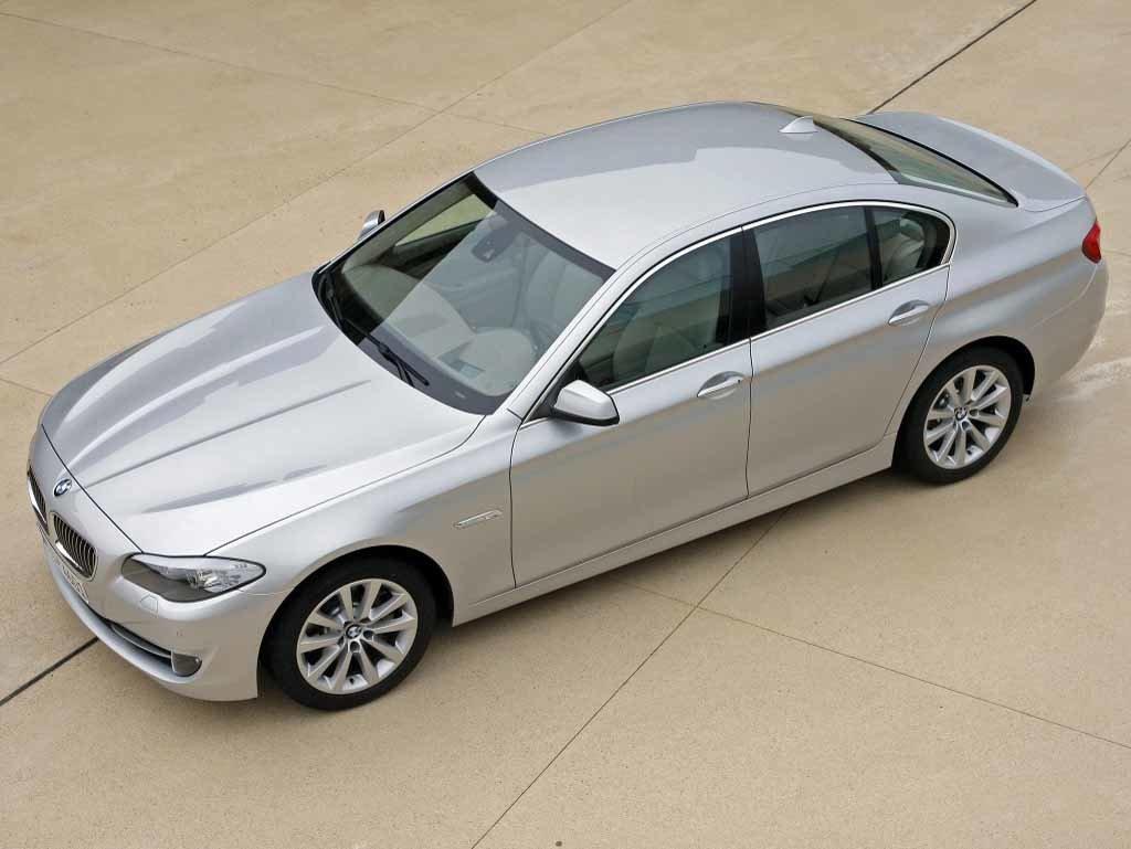 BMW 535D 3.0D EDC17CP09 1037523267 O_77TMKK952A