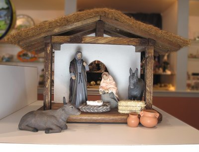 8 Piece Standard Nativity Set