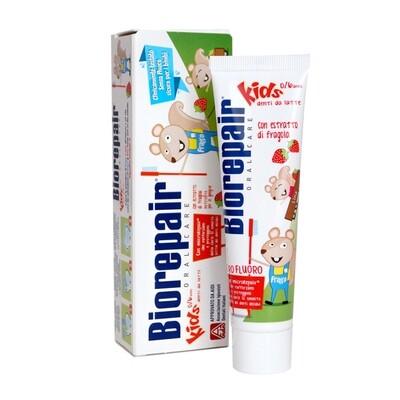 Детская зубная паста Biorepair Kids земляника, 50 мл (0-6 лет)