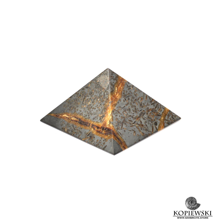 Пирамида из Симбирцита