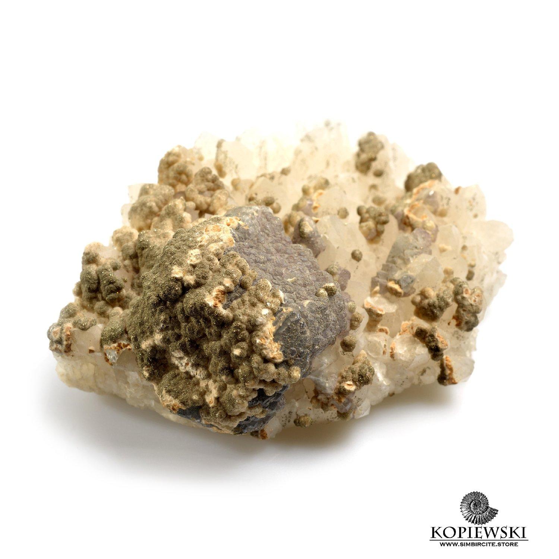 Минерал кварц с пиритом