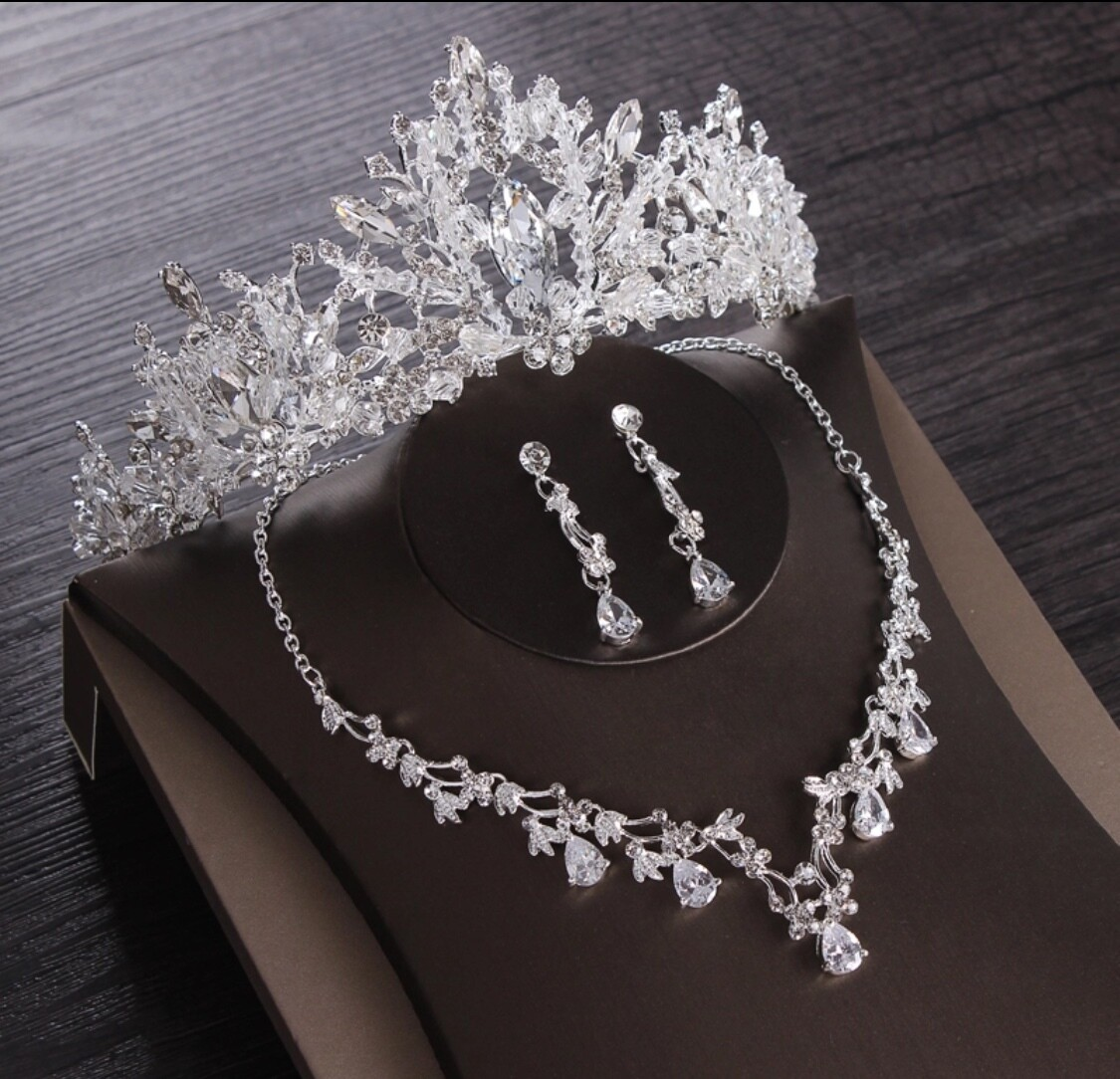 Luxury Crystal Bridal Jewelry Sets Wedding Cubic Zircon Crown Tiaras Earring Choker Necklace Set