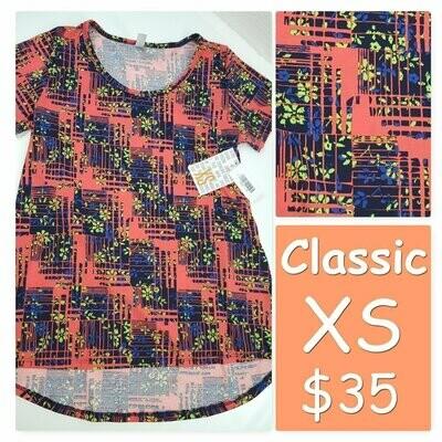 CLASSIC X-Small (XS) LuLaRoe Tee Shirt fits 2-4
