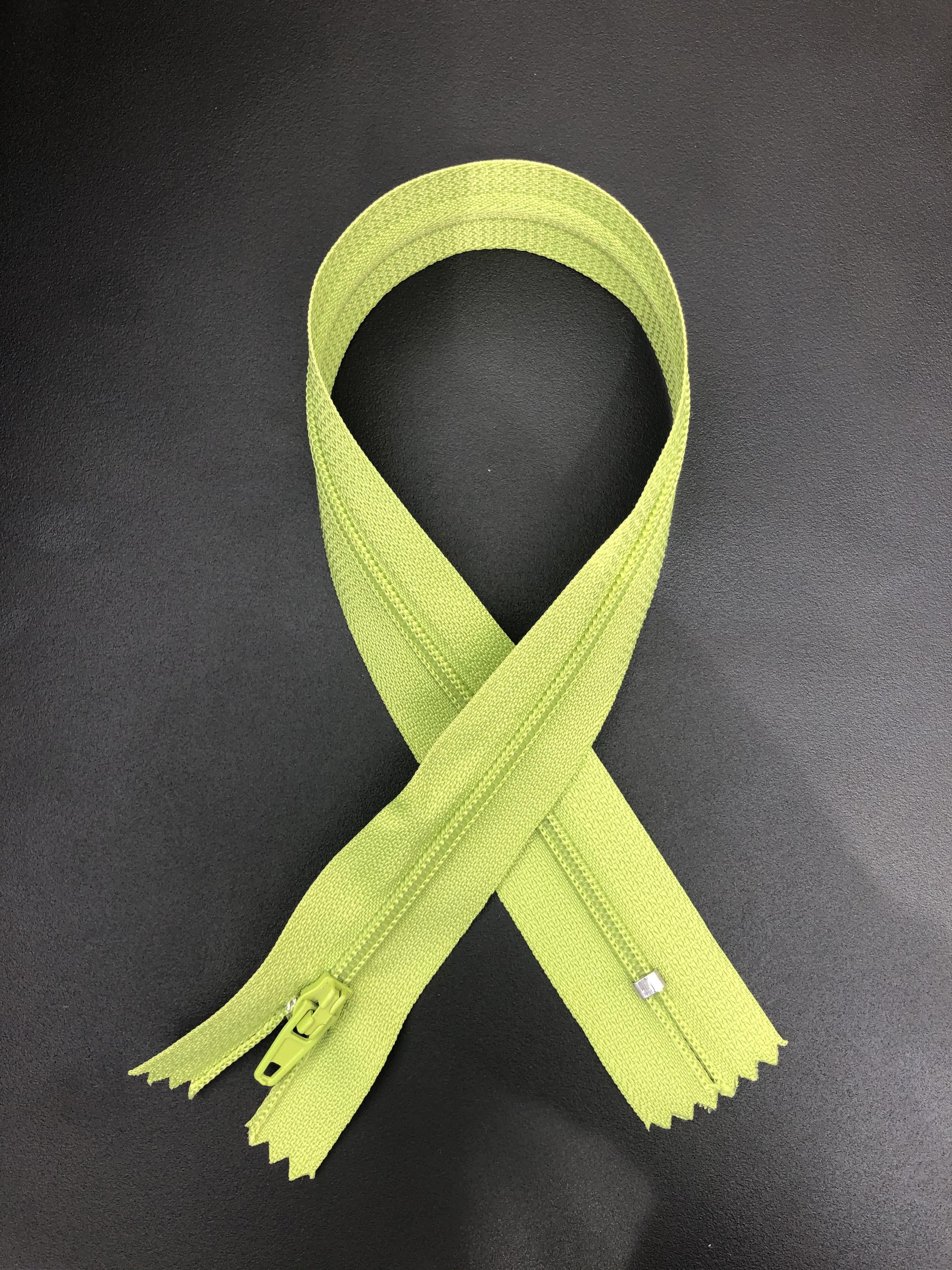 """14"""" Zipper - Avocado Green 55300"""