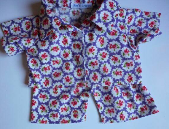 Pyjamas with collar - purple floral print