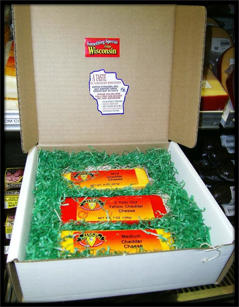 Jim's Cheddar Wisconsin Cheese Gift Box 00038