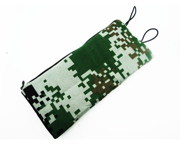 Hot Racing 1:10 Special Forces Digital Camouflage Sleeping Bag (Green)