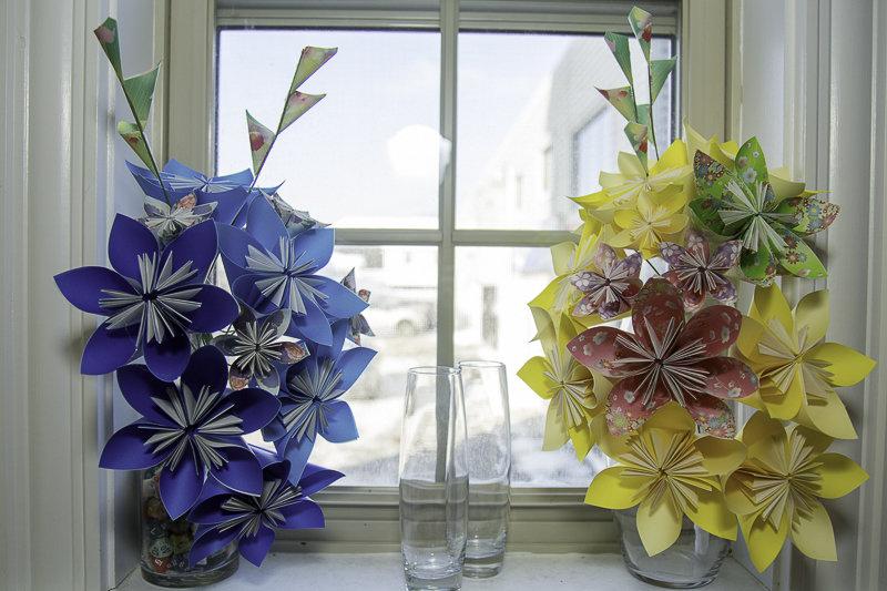 Paper Flower Bouquet DIY, Origami Flower Tutorial - YouTube   533x800
