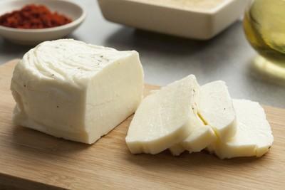 Halloumi cheese (250g) جبن حلوم