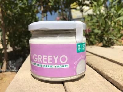 Fat-free Greek yogurt (225g) زبادي يوناني خالي الدسم