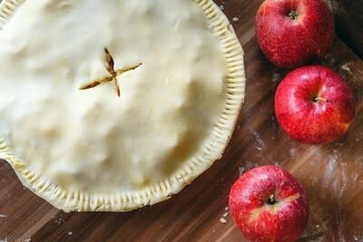 Closed pie crust عجينة الفطيره المقفوله