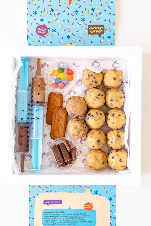 Frozen Cookie Dough Kit عدة الكوكيز
