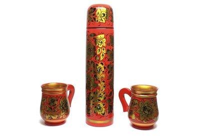 Набор подарочный с Хохломской росписью «Термос и две кружки»