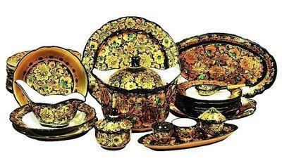 Набор столовый фарфоровый с хохломской росписью (35 предметов)