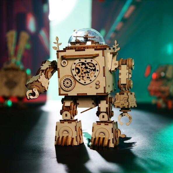 Сборная 3D модель Robotime Стимпанк-шкатулка Робот Орфей