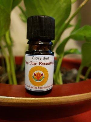 Clove Bud Essential Oil (5ml)