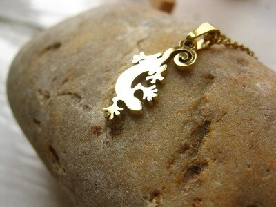 Lucky Gecko necklace ~ gold-plated, to guard a fun-loving friend