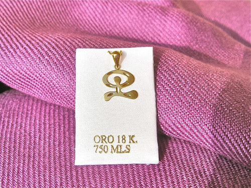 Indalo pendant ~ 18mm reversible dancing, 18ct gold