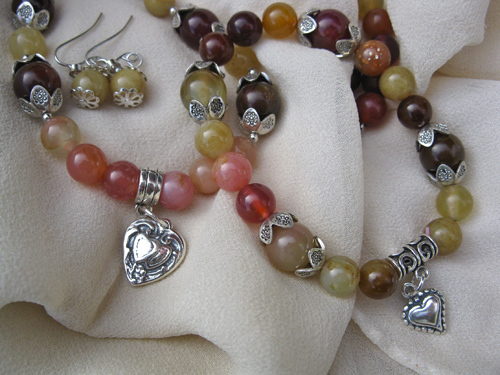 Love hearts jewellery set ~ jade