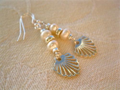Compostela earrings, pearl + silver