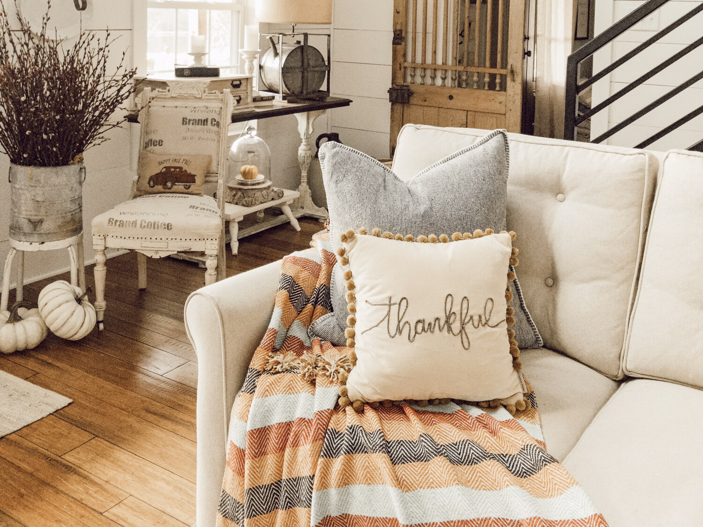 Thankful Pillow 14x14