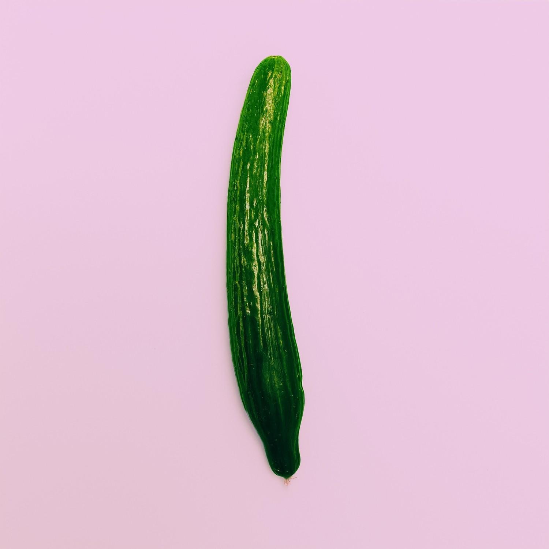 Огурцы длинные (1 кг)