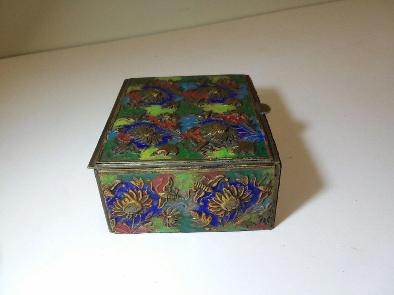 Chinese enameled box