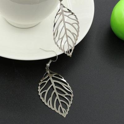 Silver  metal hollow leaf earring