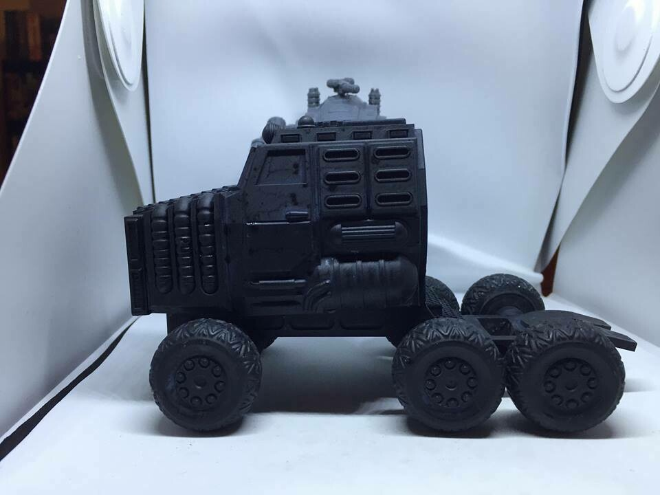 28mm Heroic Scaled Goliath Land Train Tractor & Base trailer Unit