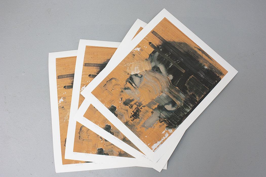 Iku - Red Print